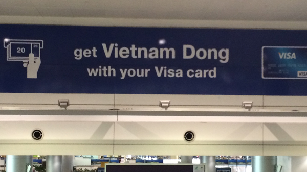 Dong sign at airport