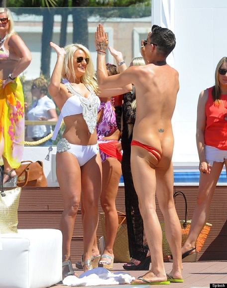 Bobby Norris man thong slipping